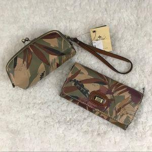 Patricia Nash wallet and makeup case set